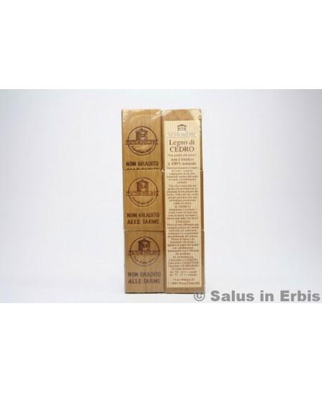Legno di cedro antitarme for Cabine laterali in legno di cedro